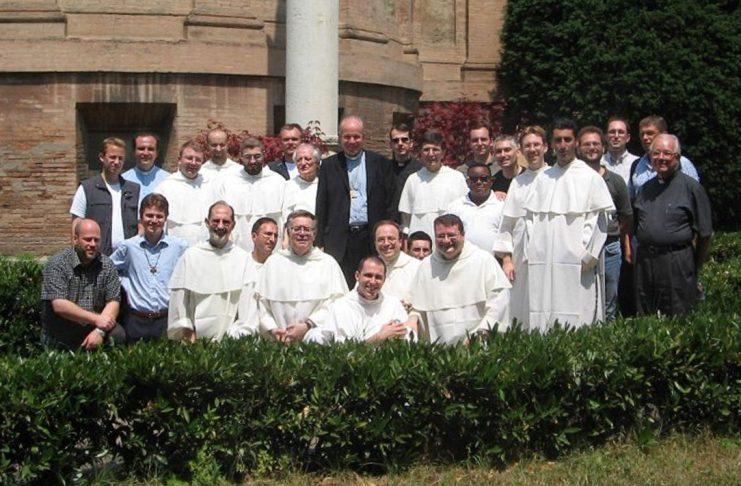 Comunità di San Domenico insieme al card. Schönborn